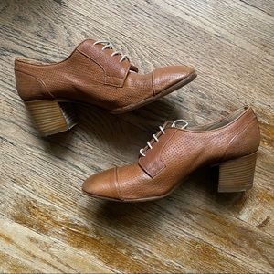 Doucal's Italian Leather Oxford Lace-Up Heels